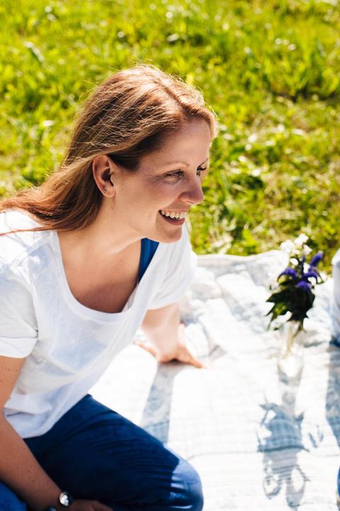 lachende verliebte Frau